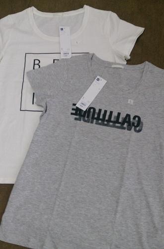 GU ロゴTシャツ