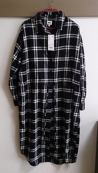 ユニクロのフランネルロングシャツ