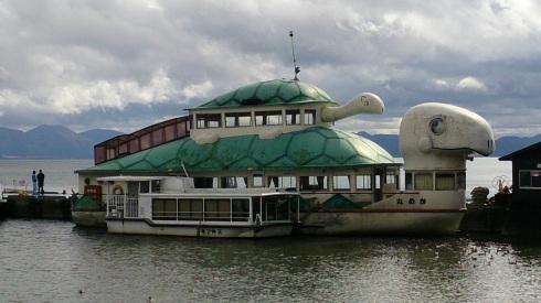 猪苗代湖のカメ丸
