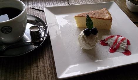 日光珈琲饗茶庵のチーズケーキ