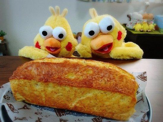 バナナのパウンドケーキとポインコ兄弟
