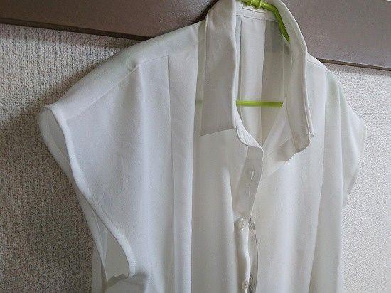 GU エアリーシャツ