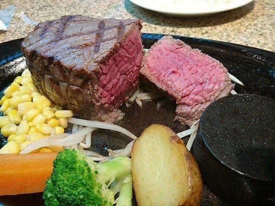 【那須】あ・かうはーど 肉厚ステーキ