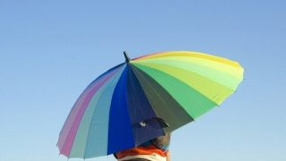 【雨にも負けず】人にプレゼントしたくなる可愛い・面白い傘【8選】
